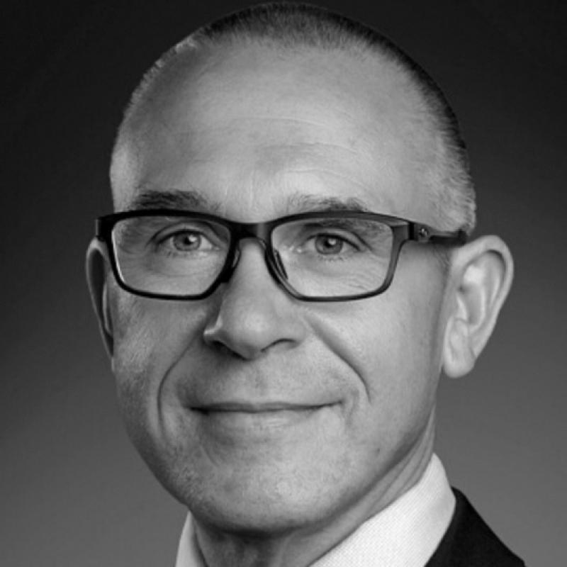Dr Richard Fessler